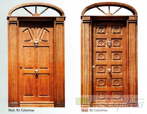 Puerta exterior madera r2 r6 puertas y ventanas esquivias for Precio puerta madera exterior